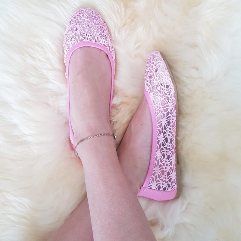 Kivikestega baleriinad, roosa